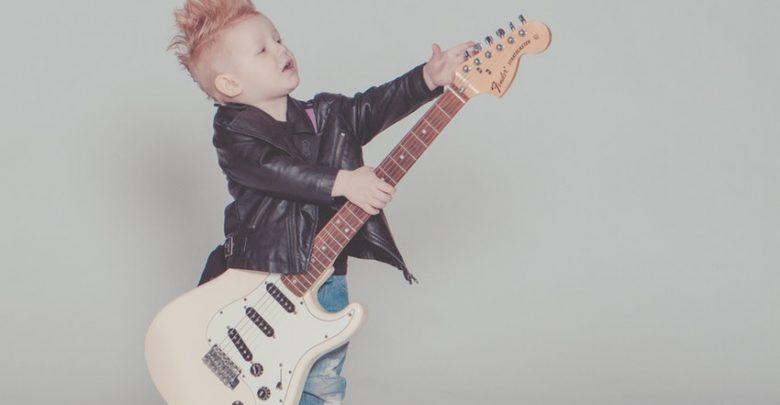 Rock guitat riff lista olvasmány